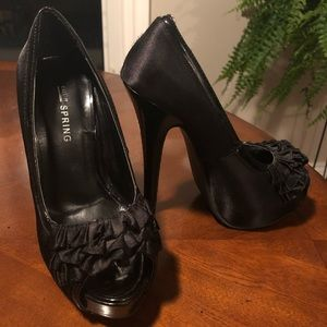 Call it spring heels size 5